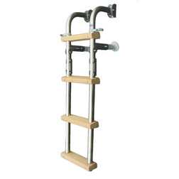 Trem Wooden Boarding Ladder with 1 Fixed & 3 Folding Steps